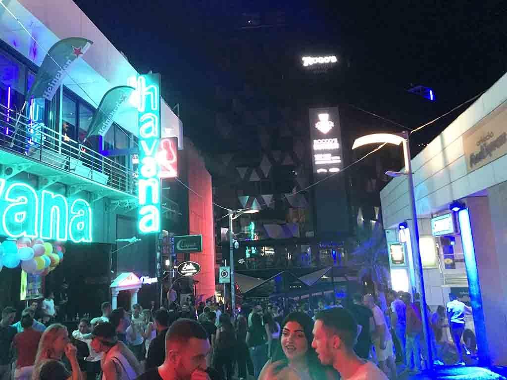 マルタクラブ街の風景